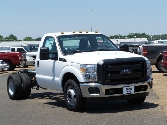 2016 F-350 Regular Cab DRW, Cab Chassis #16F1840 - photo 6