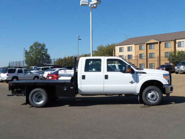 2016 F-350 Crew Cab DRW 4x4, Platform Body #16F2431 - photo 5