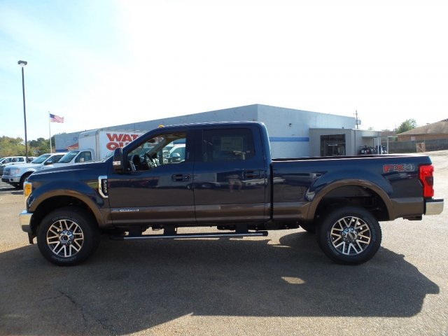 2017 F-250 Crew Cab 4x4 Pickup #17F2777 - photo 3