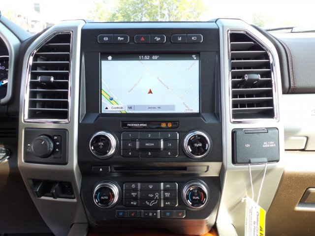2017 F-250 Crew Cab 4x4 Pickup #17F2847 - photo 16