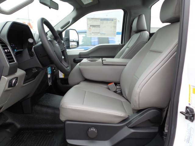 2017 F-250 Regular Cab, Pickup #17F3099 - photo 5