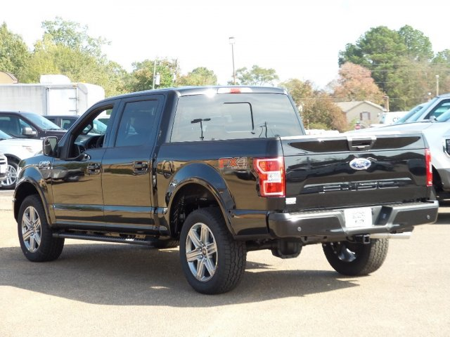 2018 F-150 Crew Cab 4x4, Pickup #18F0167 - photo 2