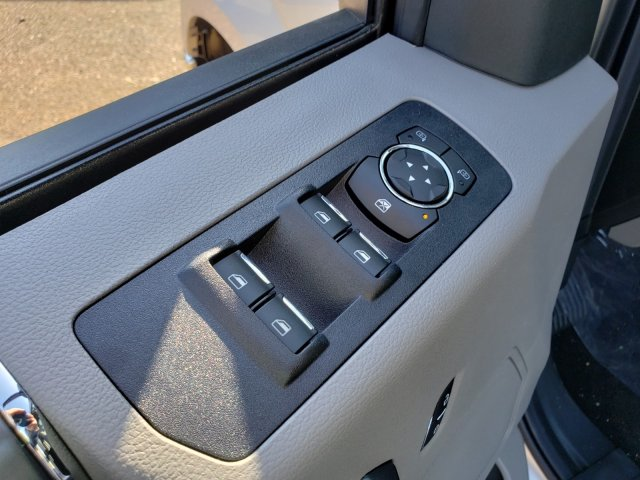2018 F-150 SuperCrew Cab, Pickup #18F1255 - photo 5