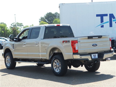 2018 F-250 Crew Cab 4x4, Pickup #18F1310 - photo 2