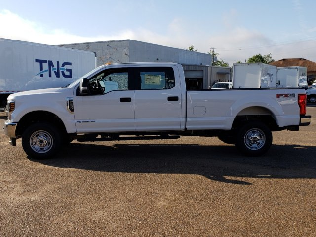 2018 F-250 Crew Cab 4x4,  Pickup #18F1391 - photo 3