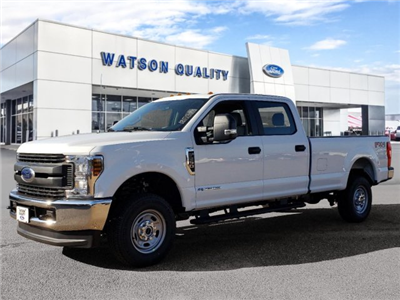 2018 F-250 Crew Cab 4x4,  Pickup #18F1391 - photo 1