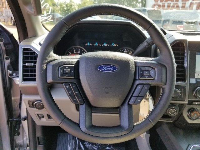 2018 F-150 SuperCrew Cab 4x4,  Pickup #18F2004 - photo 16