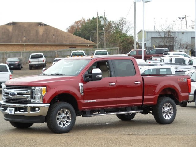 2017 F-250 Crew Cab 4x4, Pickup #C17F3184 - photo 1