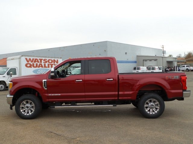 2017 F-250 Crew Cab 4x4, Pickup #C17F3184 - photo 3