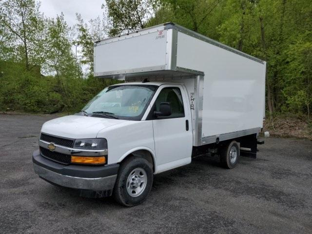 2019 Chevrolet Express 3500 RWD, Supreme Cutaway Van #TR2106T19 - photo 1
