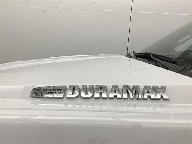 2019 Chevrolet Silverado 5500 Regular Cab DRW 4x2, Cab Chassis #TR2305T19 - photo 1