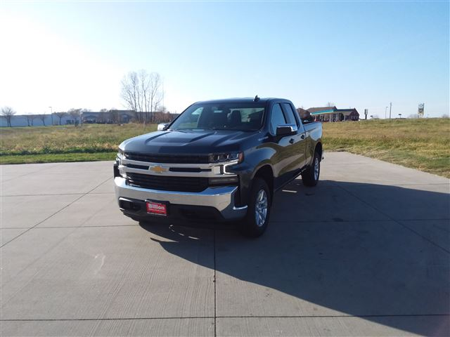 2021 Chevrolet Silverado 1500 Double Cab 4x4, Pickup #C22224 - photo 3