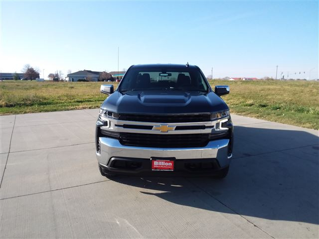 2021 Chevrolet Silverado 1500 Double Cab 4x4, Pickup #C22224 - photo 4