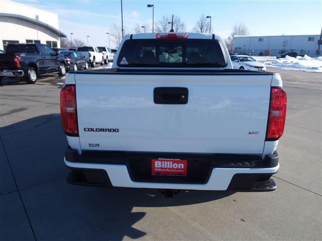 2021 Chevrolet Colorado Crew Cab 4x4, Pickup #C22478 - photo 2
