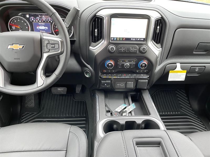 2021 Chevrolet Silverado 1500 Crew Cab 4x4, Pickup #C22632 - photo 12