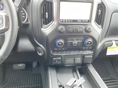 2021 Chevrolet Silverado 1500 Crew Cab 4x4, Pickup #C22632 - photo 13