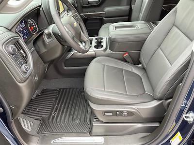 2021 Chevrolet Silverado 1500 Crew Cab 4x4, Pickup #C22632 - photo 9