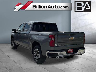 2021 Chevrolet Silverado 1500 Crew Cab 4x4, Pickup #C22726 - photo 2