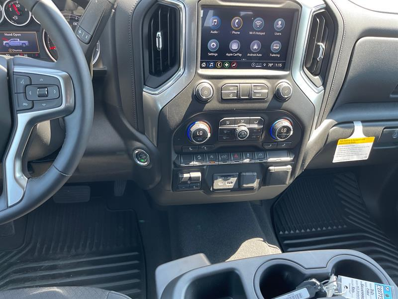 2021 Chevrolet Silverado 1500 Crew Cab 4x4, Pickup #C22773 - photo 13