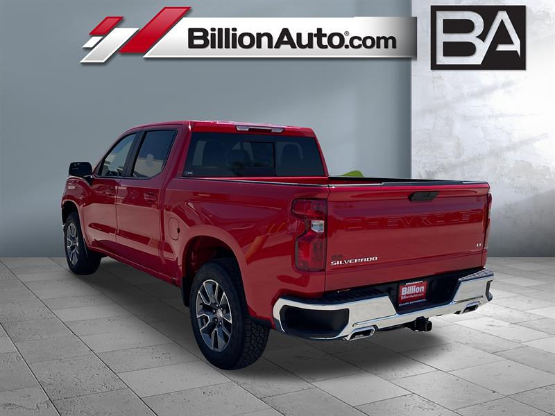 2021 Chevrolet Silverado 1500 Crew Cab 4x4, Pickup #C22773 - photo 2