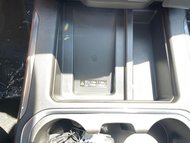 2021 Chevrolet Silverado 3500 Crew Cab 4x4, Pickup #C22805 - photo 28
