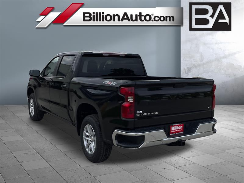 2021 Chevrolet Silverado 1500 4x4, Pickup #C22852 - photo 2