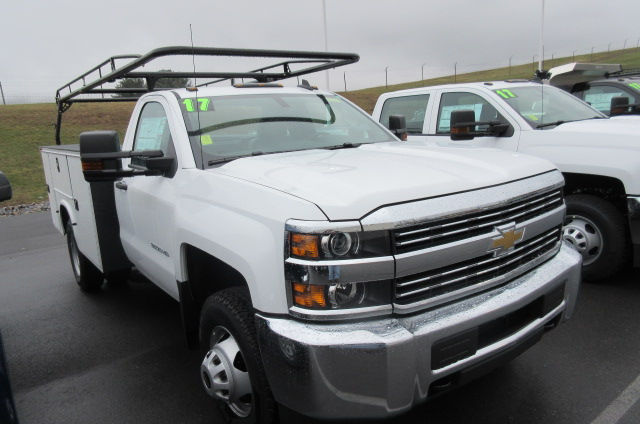 2016 Silverado 3500 Regular Cab 4x4, Knapheide Service Body #B11625 - photo 3