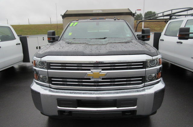 2017 Silverado 3500 Regular Cab 4x4, Crysteel Dump Body #B11626 - photo 4