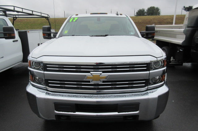2017 Silverado 3500 Crew Cab 4x4, Knapheide Service Body #B11691 - photo 4