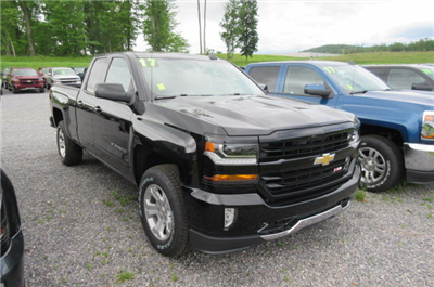 2017 Silverado 1500 Double Cab 4x4, Pickup #B12069 - photo 3