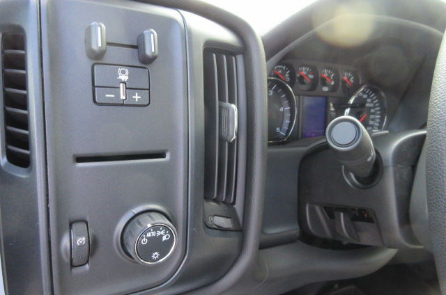 2017 Silverado 3500 Regular Cab 4x4, Knapheide Platform Body #B12192 - photo 17