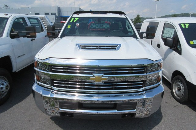 2017 Silverado 3500 Regular Cab 4x4, Knapheide Platform Body #B12192 - photo 4