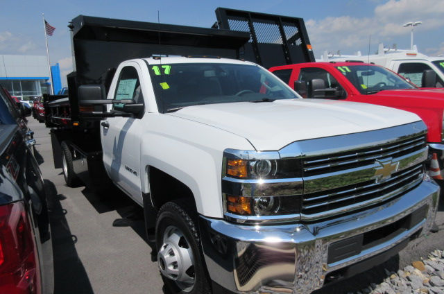 2017 Silverado 3500 Regular Cab 4x4, Rugby Dump Body #B12230 - photo 3