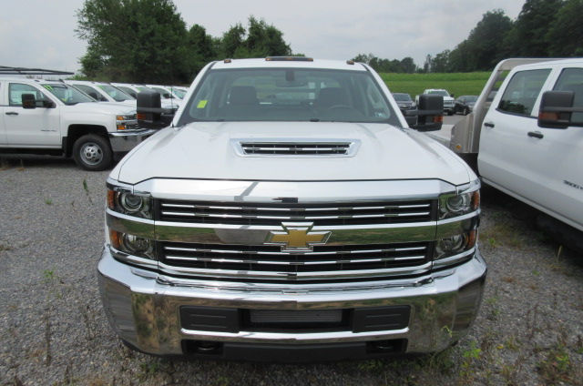 2017 Silverado 3500 Crew Cab 4x4, M H EBY Platform Body #B12238 - photo 4