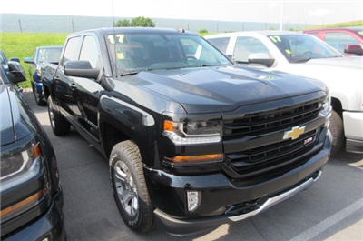 2017 Silverado 1500 Crew Cab 4x4 Pickup #B12319 - photo 3
