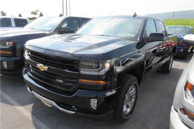 2017 Silverado 1500 Crew Cab 4x4 Pickup #B12319 - photo 1