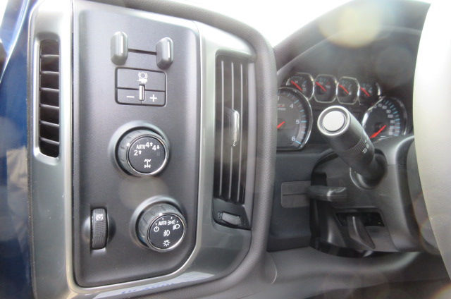 2018 Silverado 1500 Double Cab 4x4,  Pickup #B12391 - photo 18
