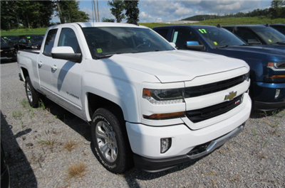 2018 Silverado 1500 Double Cab 4x4, Pickup #B12399 - photo 3