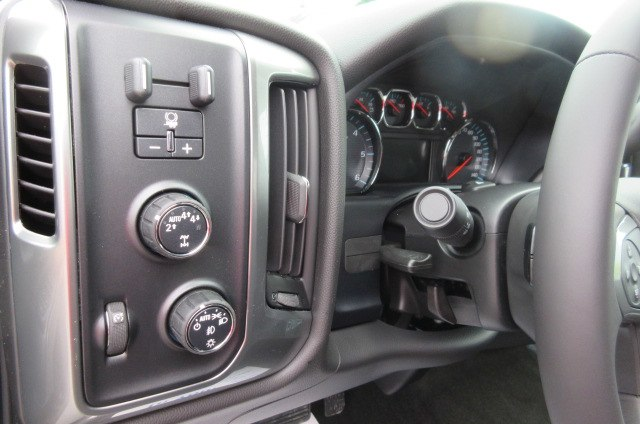 2018 Silverado 1500 Double Cab 4x4, Pickup #B12455 - photo 18