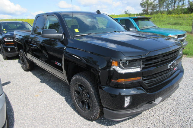 2018 Silverado 1500 Extended Cab 4x4 Pickup #B12456 - photo 3