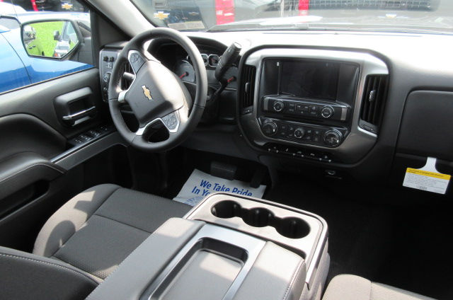 2018 Silverado 1500 Double Cab 4x4, Pickup #B12490 - photo 12