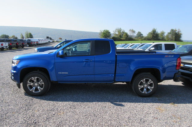 2018 Colorado Extended Cab 4x4, Pickup #B12749 - photo 6