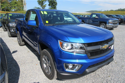 2018 Colorado Extended Cab 4x4, Pickup #B12749 - photo 3