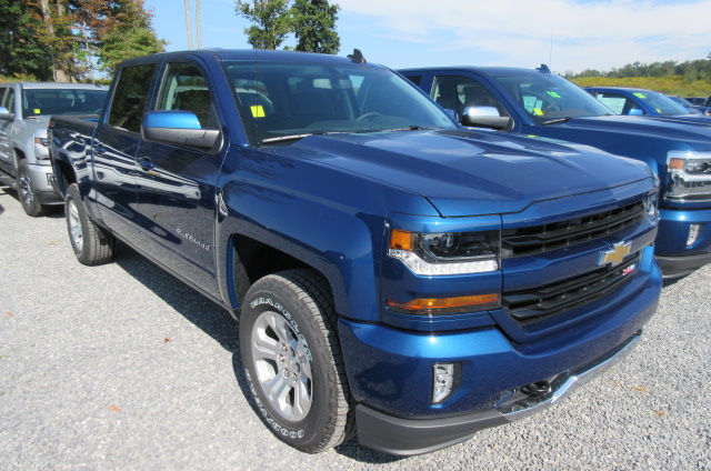 2018 Silverado 1500 Crew Cab 4x4, Pickup #B12762 - photo 3