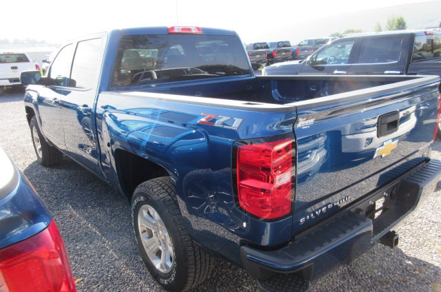 2018 Silverado 1500 Crew Cab 4x4, Pickup #B12762 - photo 2