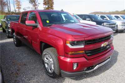 2018 Silverado 1500 Crew Cab 4x4 Pickup #B12816 - photo 3