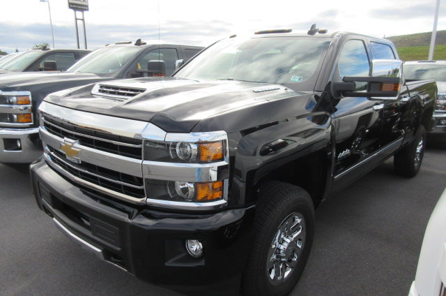 2018 Silverado 3500 Crew Cab 4x4, Pickup #B12822 - photo 1