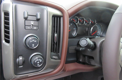 2018 Silverado 3500 Crew Cab 4x4, Pickup #B12822 - photo 22