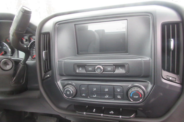 2017 Silverado 3500 Regular Cab DRW 4x4, Reading Classic II Aluminum  Service Body #B12868 - photo 15