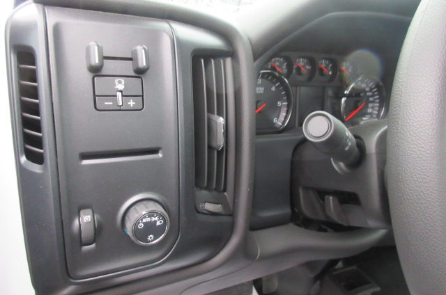 2017 Silverado 3500 Regular Cab DRW 4x4, Reading Classic II Aluminum  Service Body #B12868 - photo 18